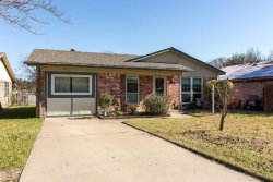 Photo of 612 Hallvale Drive, White Settlement, TX 76108 (MLS # 13739080)