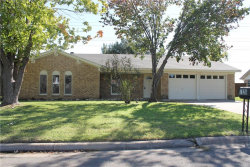 Photo of 7120 Meadow Park S, North Richland Hills, TX 76180 (MLS # 13740938)