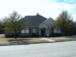 Photo of 821 Crestview Drive, Coppell, TX 75019 (MLS # 13749522)