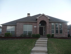 Photo of 10205 Max Lane, Frisco, TX 75035 (MLS # 13750889)