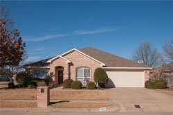 Photo of 6924 Laurel Canyon Terrace, Fort Worth, TX 76132 (MLS # 13752340)