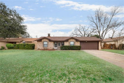 Photo of 1812 W Rochelle Road, Irving, TX 75062 (MLS # 13778100)
