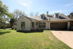 Photo of 1025 N Oak Cliff Boulevard, Dallas, TX 75208 (MLS # 13780105)