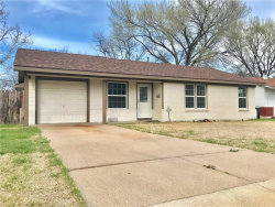 Photo of 2900 Martin Lydon Avenue, Fort Worth, TX 76133 (MLS # 13793329)