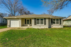 Photo of 3008 Binyon Avenue, Fort Worth, TX 76133 (MLS # 13795800)