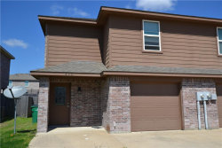 Photo of 820 Parkplace Ridge, Princeton, TX 75407 (MLS # 13796043)