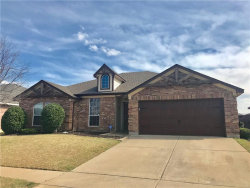 Photo of 1516 Powder Horn Lane, Arlington, TX 76018 (MLS # 13798571)