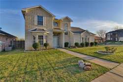 Photo of 1137 Fawn Meadow Trail, Kennedale, TX 76060 (MLS # 13803301)