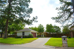 Photo of 2707 Wooded Acres Drive, Arlington, TX 76016 (MLS # 13814969)