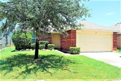 Photo of 1016 Castle Top Drive, Fort Worth, TX 76052 (MLS # 13844656)