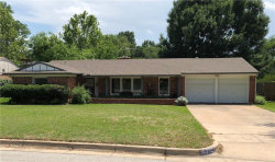 Photo of 3921 Wosley Drive, Fort Worth, TX 76133 (MLS # 13846373)