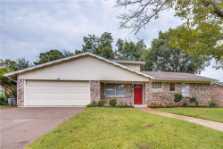 Photo of 415 Lynda Lane, Arlington, TX 76010 (MLS # 13846463)