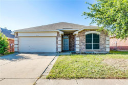 Photo of 338 Dakota Drive, Arlington, TX 76002 (MLS # 13846636)