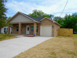 Photo of 2829 Walnut Street, Greenville, TX 75401 (MLS # 13853096)