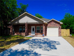 Photo of 2811 Walnut Street, Greenville, TX 75401 (MLS # 13856509)