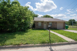 Photo of 716 Mill Street, Gainesville, TX 76240 (MLS # 13861286)