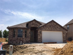 Photo of 15 S. Highland Drive, Sanger, TX 76266 (MLS # 13861507)