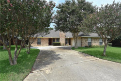 Photo of 622 Park Lane, Highland Village, TX 75077 (MLS # 13864423)