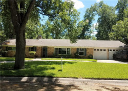Photo of 14 Shadowood Lane, Gainesville, TX 76240 (MLS # 13867376)