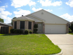 Photo of 513 Hollyberry Drive, Mansfield, TX 76063 (MLS # 13869578)