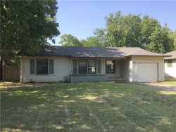 Photo of 809 Westway Street, Denton, TX 76201 (MLS # 13880968)