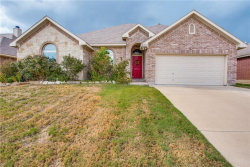 Photo of 2218 Cancun Drive, Mansfield, TX 76063 (MLS # 13907647)