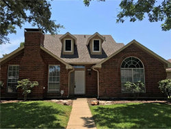 Photo of 802 Red Oak Drive, Lewisville, TX 75067 (MLS # 13913310)