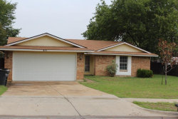 Photo of 837 Salem Trail, Lewisville, TX 75067 (MLS # 13914207)