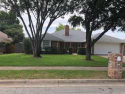 Photo of 449 Meadowhill Drive, Benbrook, TX 76126 (MLS # 13916069)