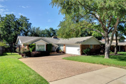 Photo of 5624 Wessex Avenue, Fort Worth, TX 76133 (MLS # 13935172)