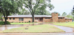 Photo of 1507 W Elliott Street, Breckenridge, TX 76424 (MLS # 13956182)