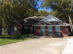 Photo of 1007 Oxford Drive, Gainesville, TX 76240 (MLS # 13963270)