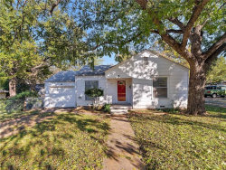 Photo of 407 Elliott Street, Arlington, TX 76013 (MLS # 13975552)