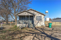 Photo of 401 E Young Street, Howe, TX 75459 (MLS # 13980471)