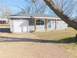 Photo of 832 N Main Street, Springtown, TX 76082 (MLS # 13982880)