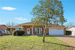 Photo of 711 Crestview Drive, Kennedale, TX 76060 (MLS # 13993167)