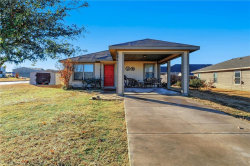 Photo of 321 Candlewood Circle, Gainesville, TX 76240 (MLS # 13994180)