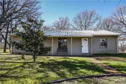 Photo of 182 Private Road 1386, Alvord, TX 76225 (MLS # 13994935)