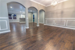 Photo of 709 S Jefferson Street, Kaufman, TX 75142 (MLS # 13995309)