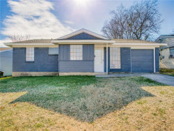 Photo of 554 Sun Valley Drive, Duncanville, TX 75116 (MLS # 14001162)