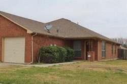 Photo of 1700 Lady Rachael Court, Fort Worth, TX 76134 (MLS # 14001450)