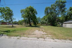 Photo of 917 N Grand Avenue, Lot 9, Gainesville, TX 76240 (MLS # 14001654)