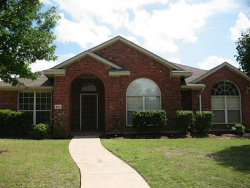 Photo of 404 Oakhurst Drive, Murphy, TX 75094 (MLS # 14005272)