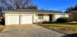 Photo of 412 Johns Drive, Bridgeport, TX 76426 (MLS # 14005832)