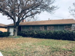 Photo of 310 Rosedale Drive, Gainesville, TX 76240 (MLS # 14011693)