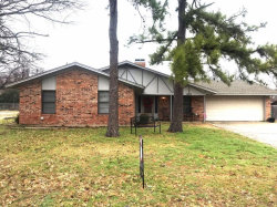 Photo of 2007 Woodlawn Street, Gainesville, TX 76240 (MLS # 14015866)