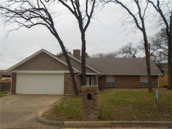 Photo of 5700 Old Place Road, Arlington, TX 76016 (MLS # 14028060)