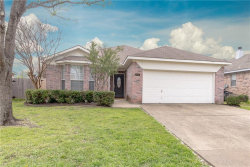 Photo of 4404 Park Creek Court, Fort Worth, TX 76137 (MLS # 14031224)