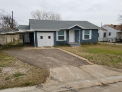 Photo of 111 S 5th Street, Jacksboro, TX 76458 (MLS # 14033549)