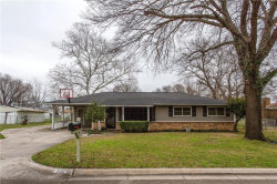 Photo of 205 S Snyder Avenue, Justin, TX 76247 (MLS # 14039631)